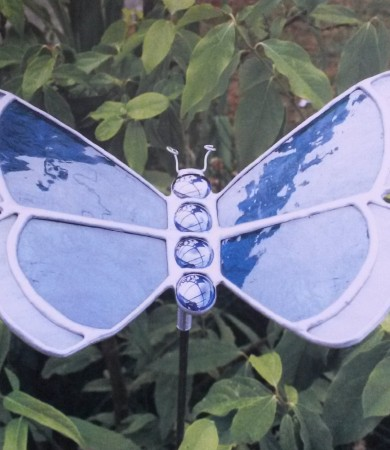 Stained Glass Butterfly Small Blue/ white Rim Garden Stake